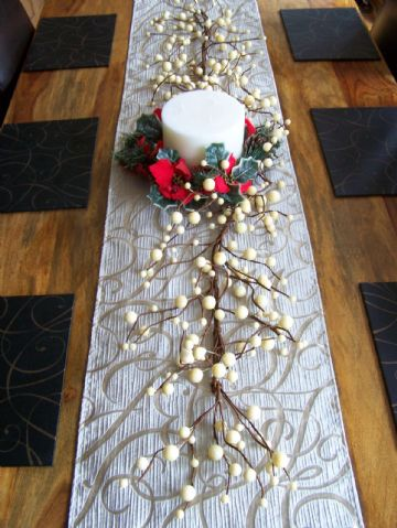 Luxury 5ft Large Cream White Berry Christmas Garland Table Decoration Lit Unlit